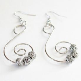 Incredibly Easy Silver(ish) Dangle Earrings