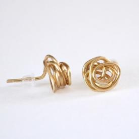 Knot Stud Earrings from Jewelry Wire