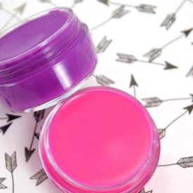 DIY Petroleum Jelly Lip Gloss in Vibrant Colors