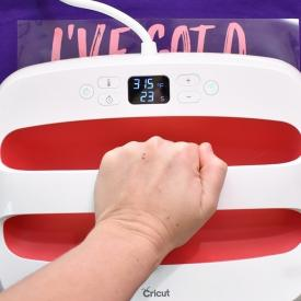 Cricut Easypress 2 Review - Do You Need One?
