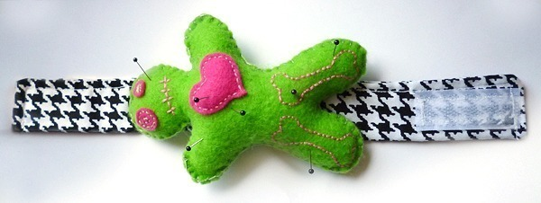 002-Voodoo-Pin-Cushion-Dream-A-Little-Bigger