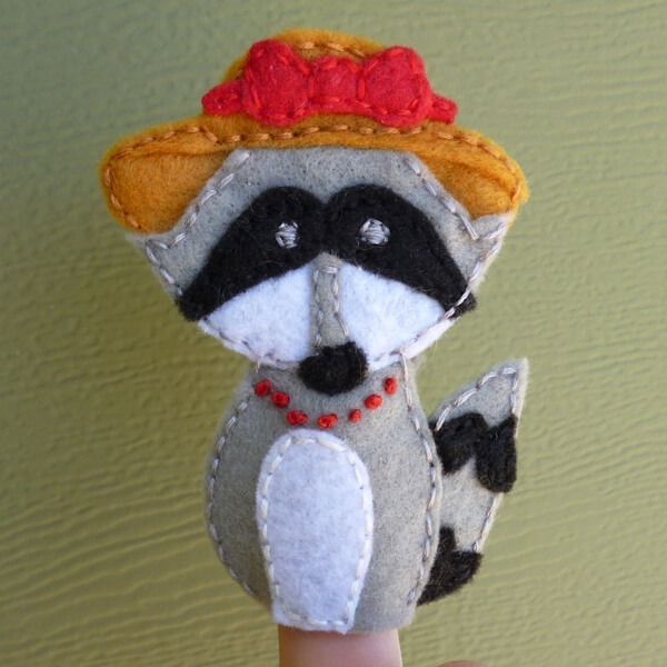Forest Finger Puppets FREE Patterns - Rascally Raccoon