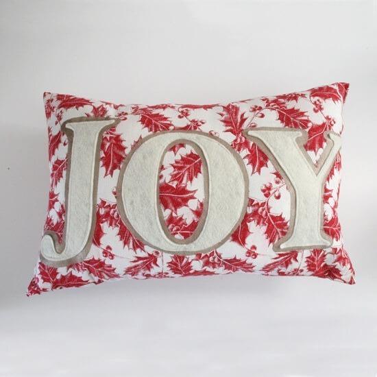 How applique a word onto a pillow - Dream a Little Bigger