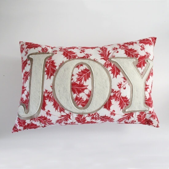 How applique a word onto a pillow - Dream a Little Bigger