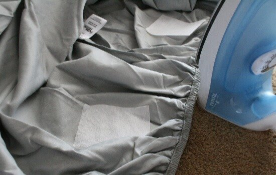 Fix your badly fitting sheets to fit deep mattresses with tutorial at Dream a Little Bigger