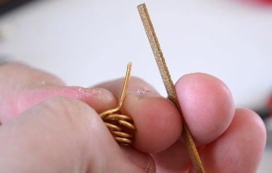 Knot Stud Earrings from Jewelry Wire