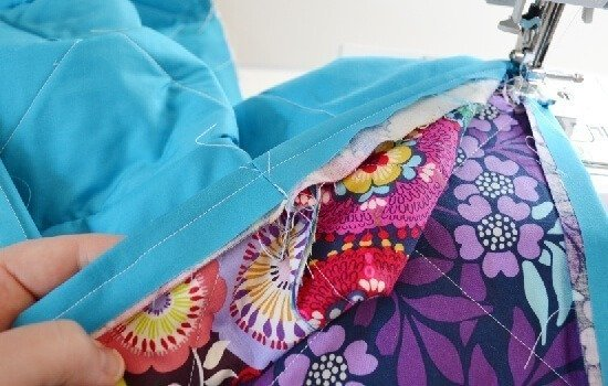 Make a rag quilt with frayed edges - tutorial