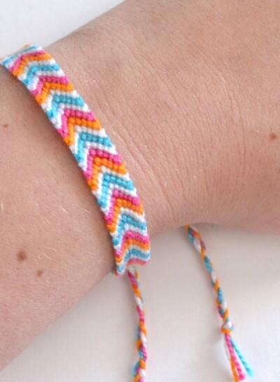 Technique to Make Chevron Friendship Bracelet