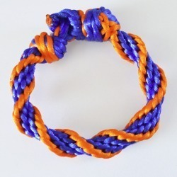 Braid up some gorgeous spiral Kumihimo bracelets - it's really easy!