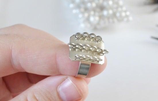 Big Beaded Bobble Ring Tutorial