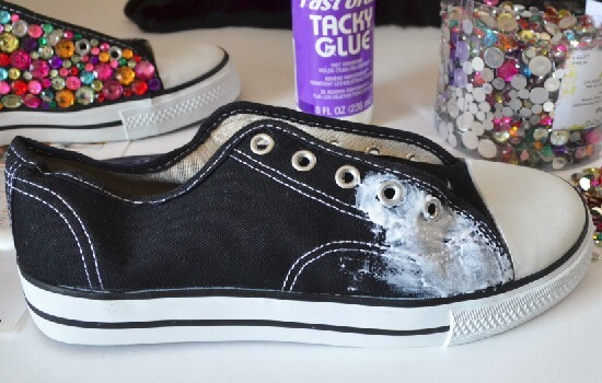 Decorating Tennis Shoes With Rhinestones