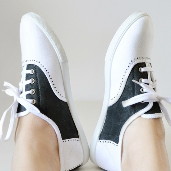 Paint up some faux saddle shoes with tutorial over at Mom Spark!