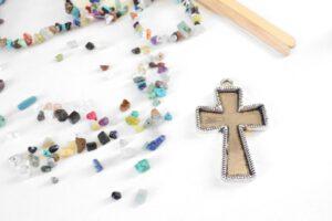 Natural Stone Filled Bezel Cross Pendant Tutorial