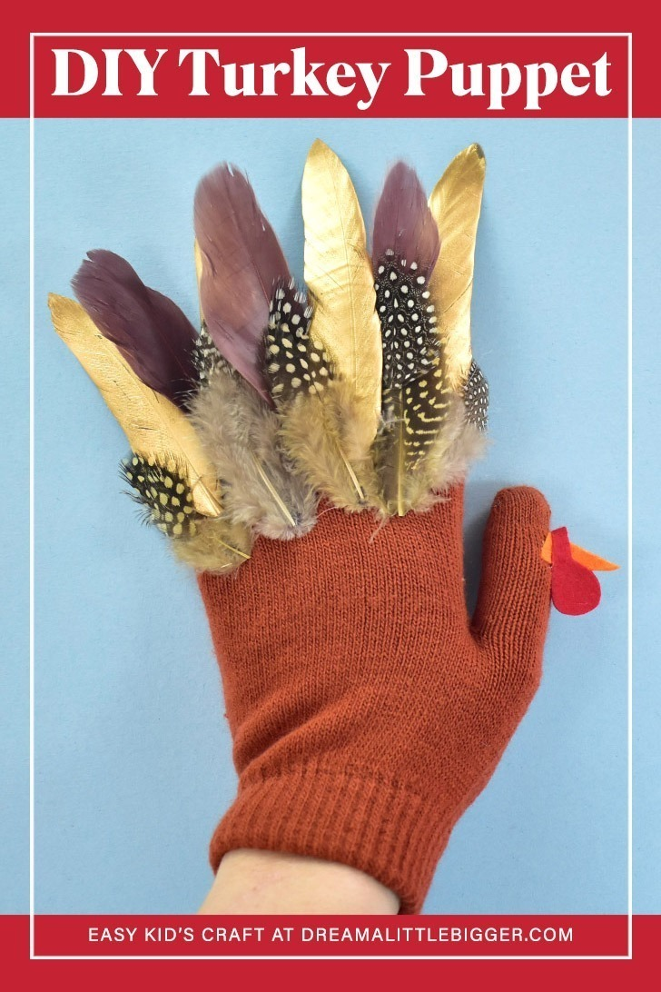 Looking for a fun Thanksgiving craft to keep the kids busy this fall? This simple, no-sew feathered turkey puppet glove will keep the kids entertained!