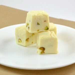 Amazing fudge recipe with only 4 ingredients!