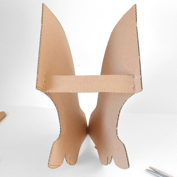 Make a life-size cardboard deer head to put on your wall!
