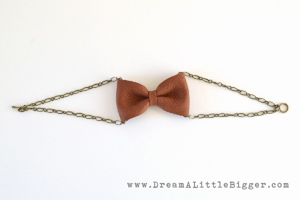 004-leather-bow-bracelet-dreamalittlebigger