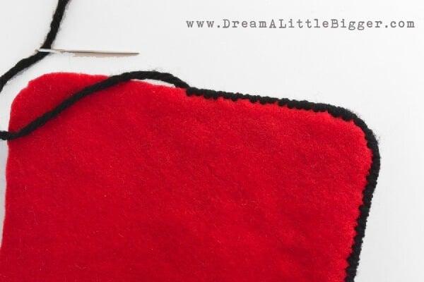 004-plastic-canvas-purse-dreamalittlebigger