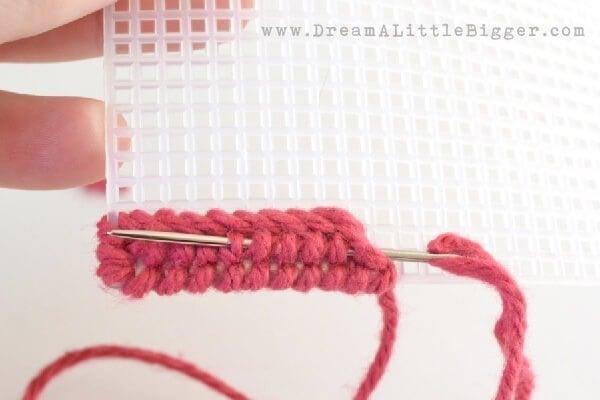 010-stitch-plastic-canvas-dreamalittlebigger