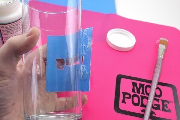 004-dishwasher-safe-mod-podge-glasses-dreamalittlebigger