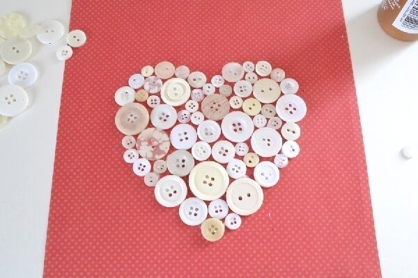 006-button-heart-art-dreamalittlebigger