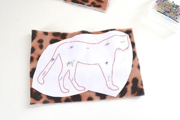 014-safari-catnip-toys-dreamalittlebigger