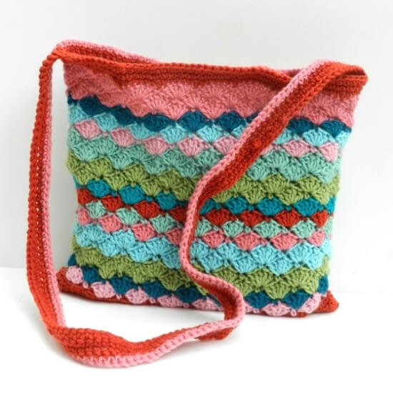 Crochet Handbags Patterns Free : might have shared this bag on the blog before, but I love the pattern ...