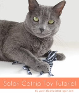 Looking for a fun addition to kitty's toy box? Let them go on safari with this cheetah, zebra and tiger. Full sewn catnip toy tutorial!
