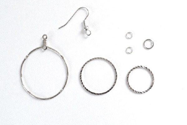 001-jump-ring-swing-earrings-dreamalittlebigger