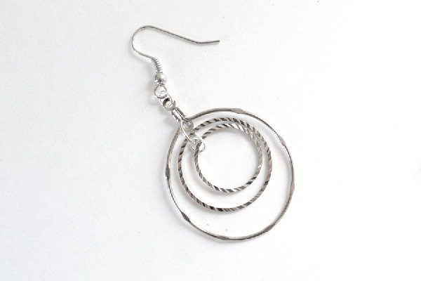 004-jump-ring-swing-earrings-dreamalittlebigger