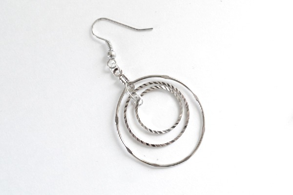 004-jump-ring-swing-earrings-dreamalittlebigger