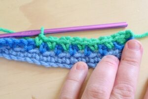 Moss is Boss. Learn the moss crochet stitch! If you can single crochet you can do it!