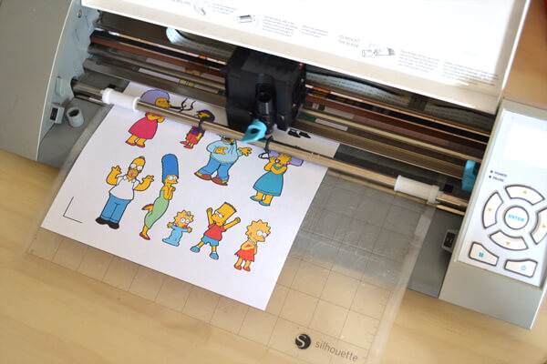 Print and Cut from Silhouette Studio and Make Amazing Stickers at Home