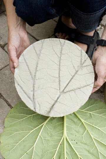 concrete-leaf-stepping-stones
