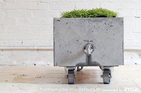 concrete-rolling-planter