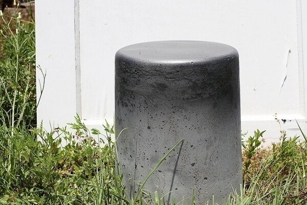 concrete-stool