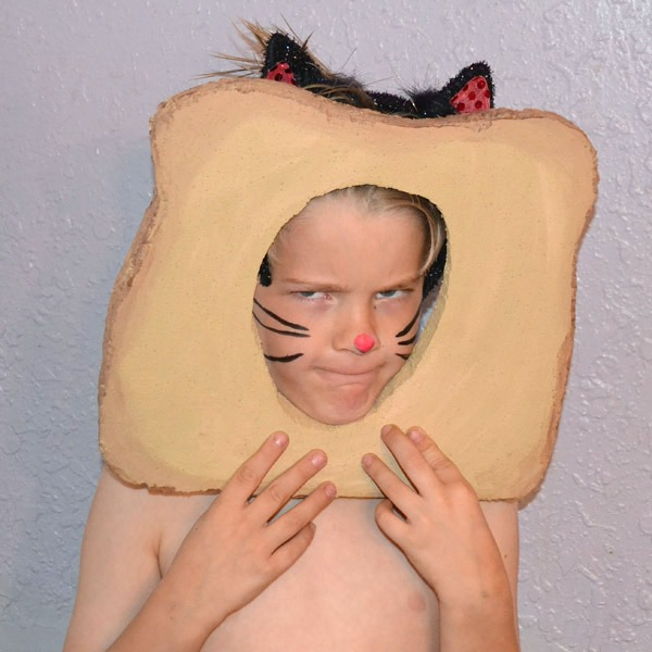Looking for an interesting costume? Be a bread cat!