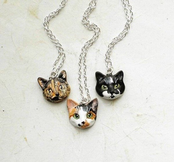 Cat Portrait Necklace or Brooch - Etsy, $50.00