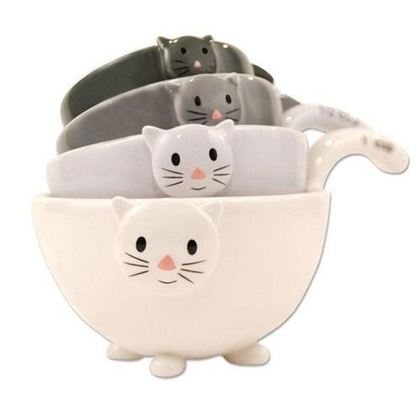 Ceramic Cat Measuring Cups/Baking Bowls - Amazon.com, $49.95