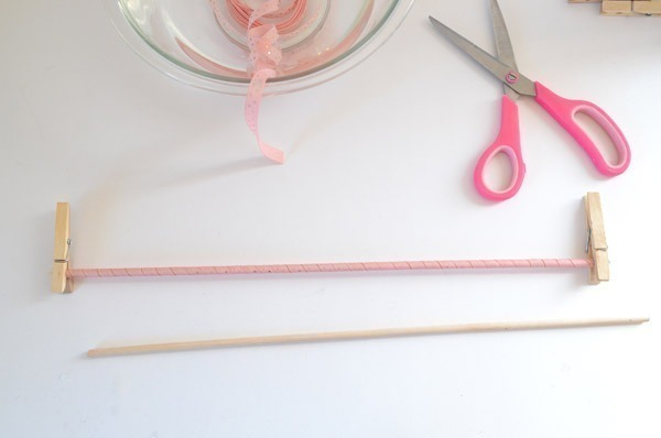 Make curlicue ribbon! Secret? You use your OVEN!
