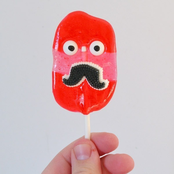 These are seriously the easiest homemade suckers ever!