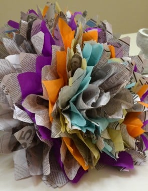 Don't throw out that old newspaper! Make gorgeous flowers instead!