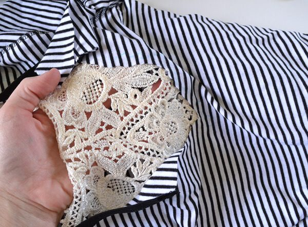 A little bit of lace is all it takes to make plain old tee shirts gorgeous!