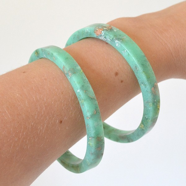 Make high end looking pastel bangle bracelets. SO EASY!