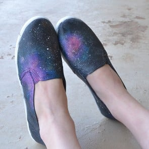 These galaxy painted sneakers are a fun DIY!