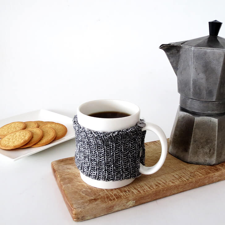 diy cosy knitted mug 8
