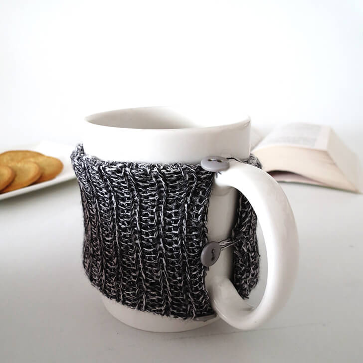 diy cosy knitted mug 9