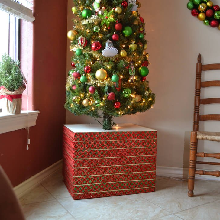 Christmas Tree Facebook Cover Photo: Sturdy Christmas Tree Base Cover