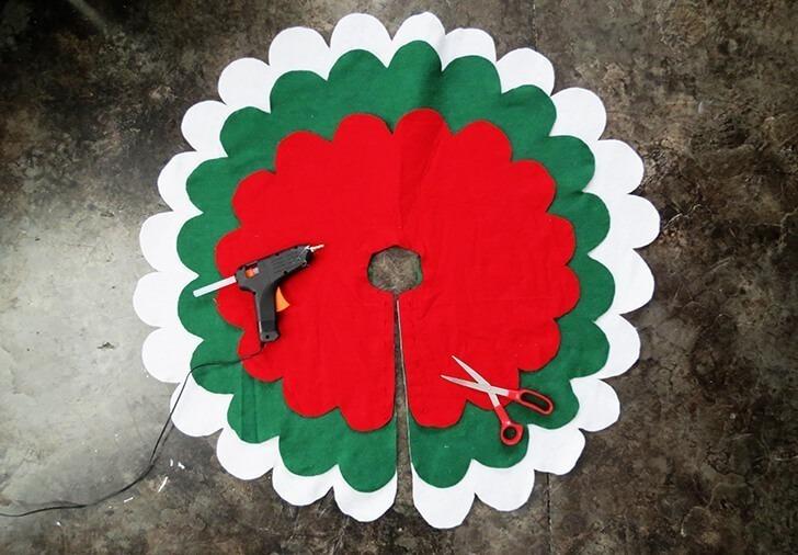 diy christmas tree skirt 5