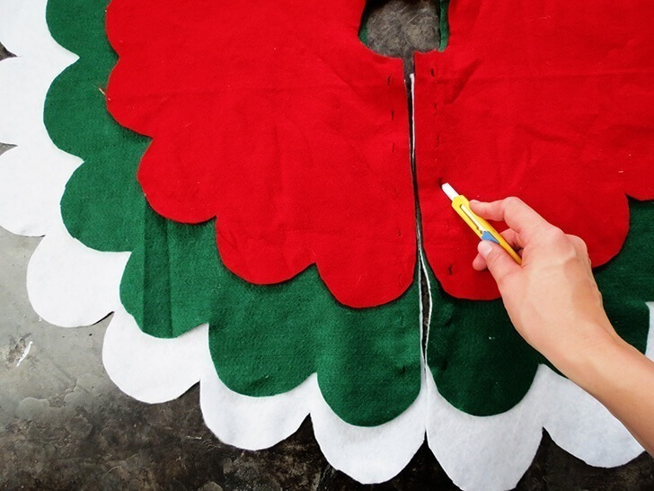 diy christmas tree skirt 6